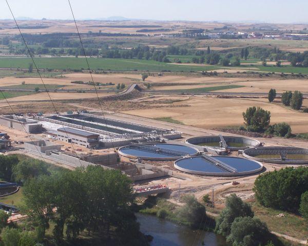 El Ministerio de Agricultura, Alimentación y Medio Ambiente pone en funcionamiento la nueva línea de aguas de la EDAR de Burgos, con una inversión total de 65,1 millones de euros